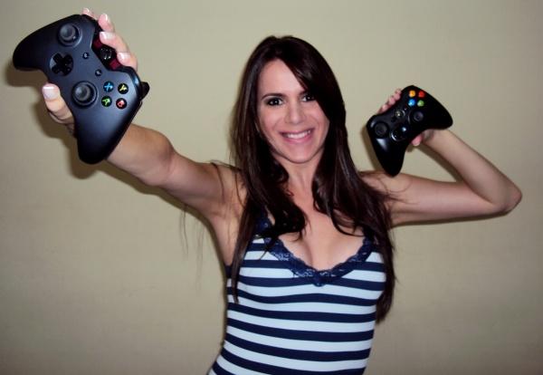 """Conheça Cristina """"Olakristal"""" Santos, a brasileira com maior Gamerscore na Xbox Live e que dá muita porrada em """"SSF IV""""! - GameHall"""