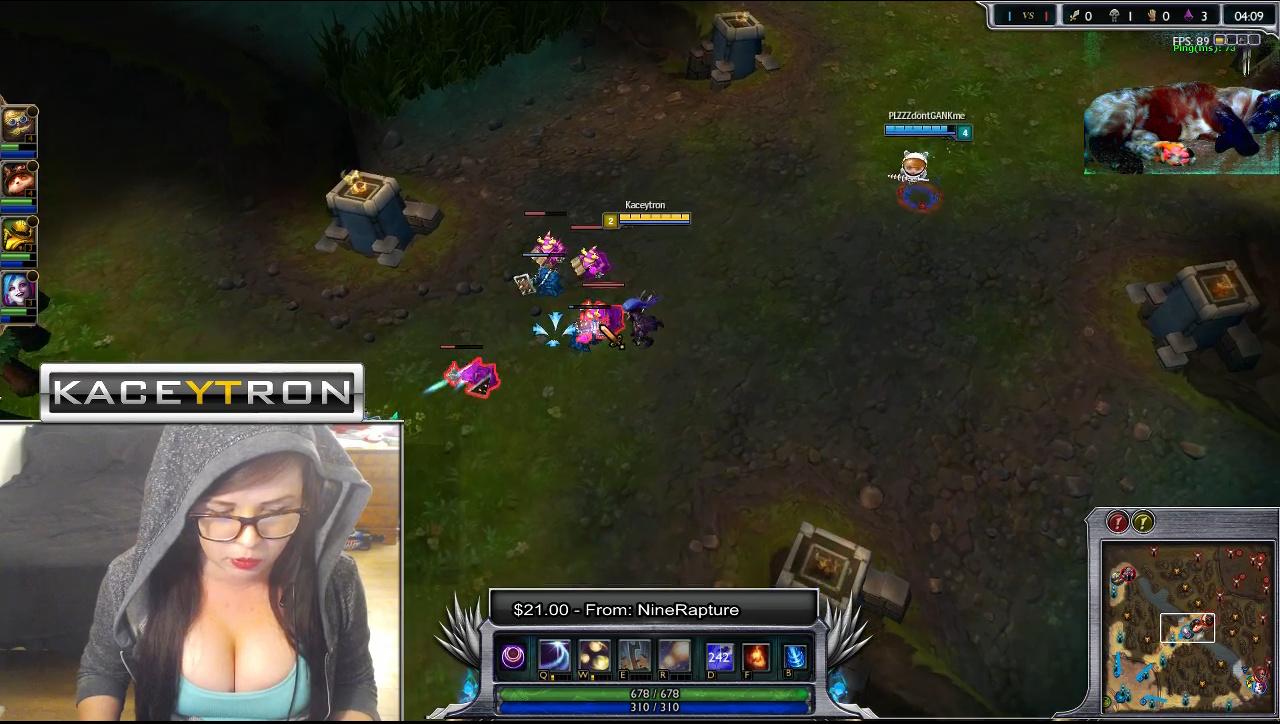 Twitch - Kaceytron Plays League of Legends - Sexy Woman