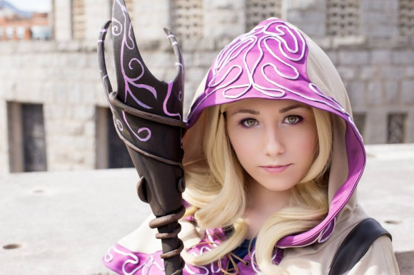 Lux - Ladra Arcana - Cosplay - League of Legends - 01