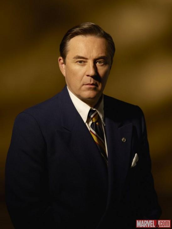 Currie Graham como Calvin Chadwick na série Agent Carter