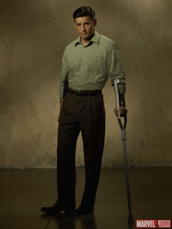 Enver Gjokaj como Chief Daniel Sousa em Agent Carter