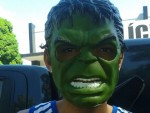 Super Criminoso – Adolescente usa máscara de Hulk em assalto