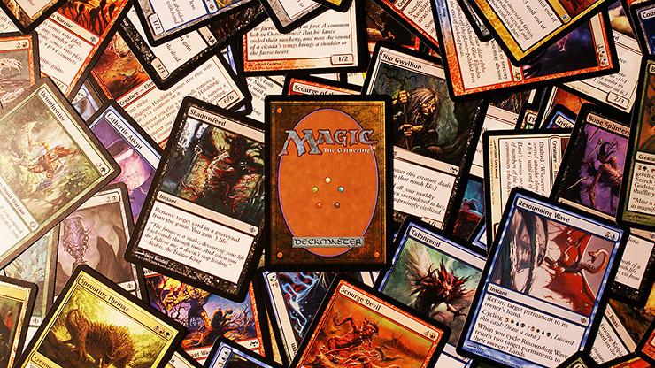 Homem é esfaqueado sete vezes durante partida de Magic the Gathering