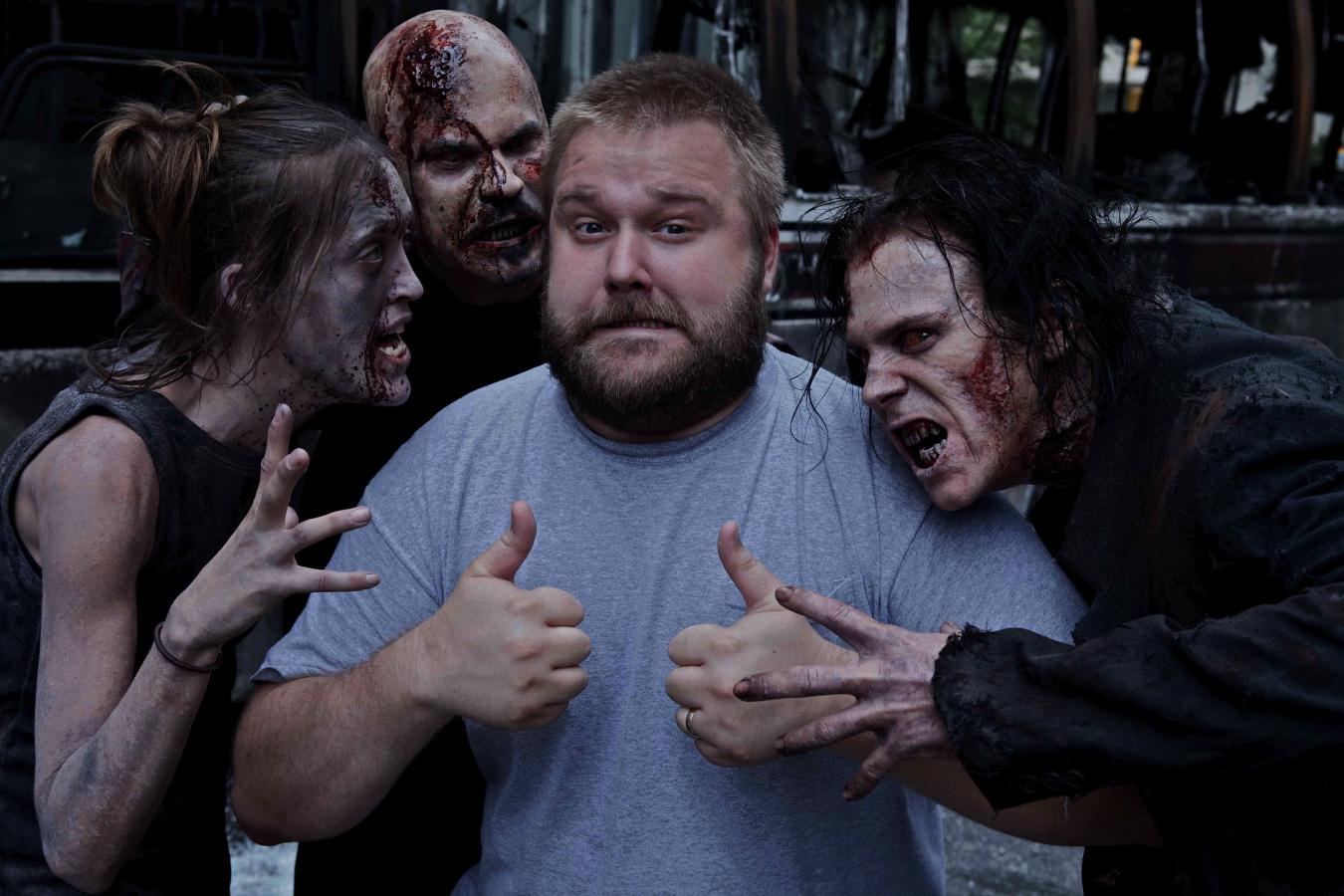 "Robert Kirkman, criador de 'The Walking Dead"", e outros produtores processam canal AMC por fraude no lucros"