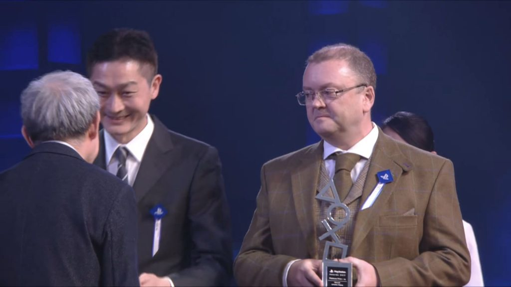 Microsoft recebe prêmio da Sony na PlayStation Awards