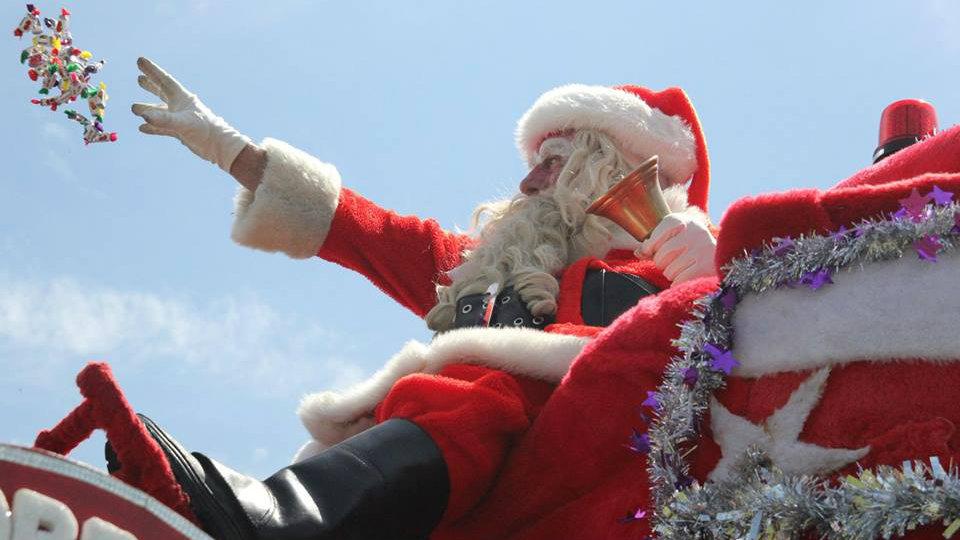 Guloseimas acabam e Papai Noel é apedrejado por crianças em Itatiba (SP)