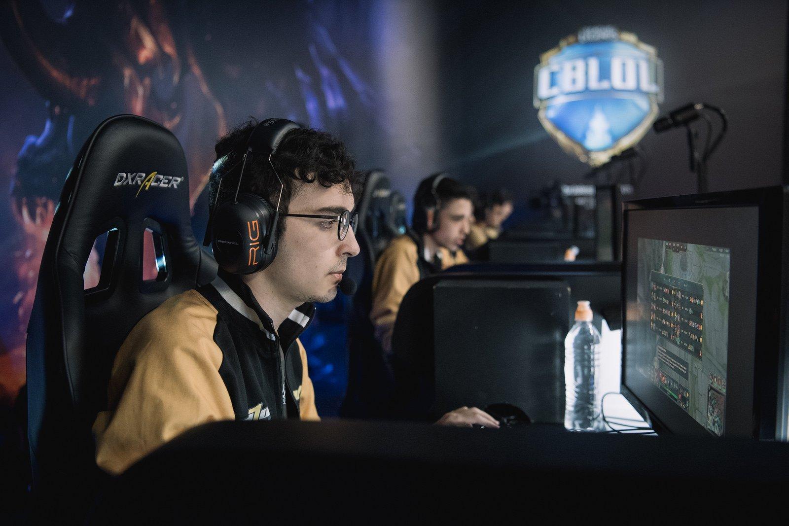 Team One e Dell fecham parceria de esports para a temporada 2018