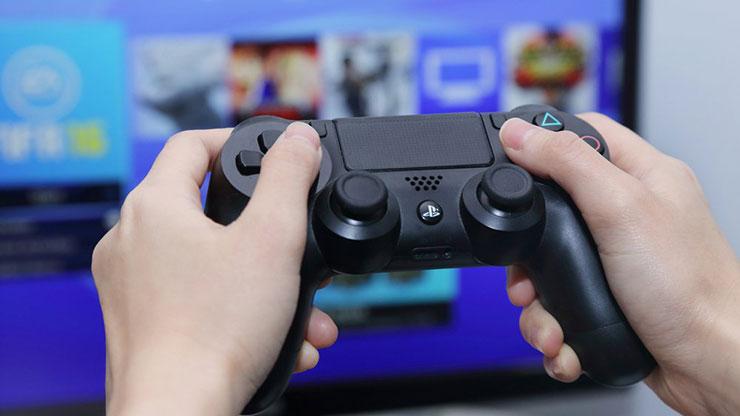 PS4 vendeu 5,9 milhões durante a época da Black Friday e Natal em 2017