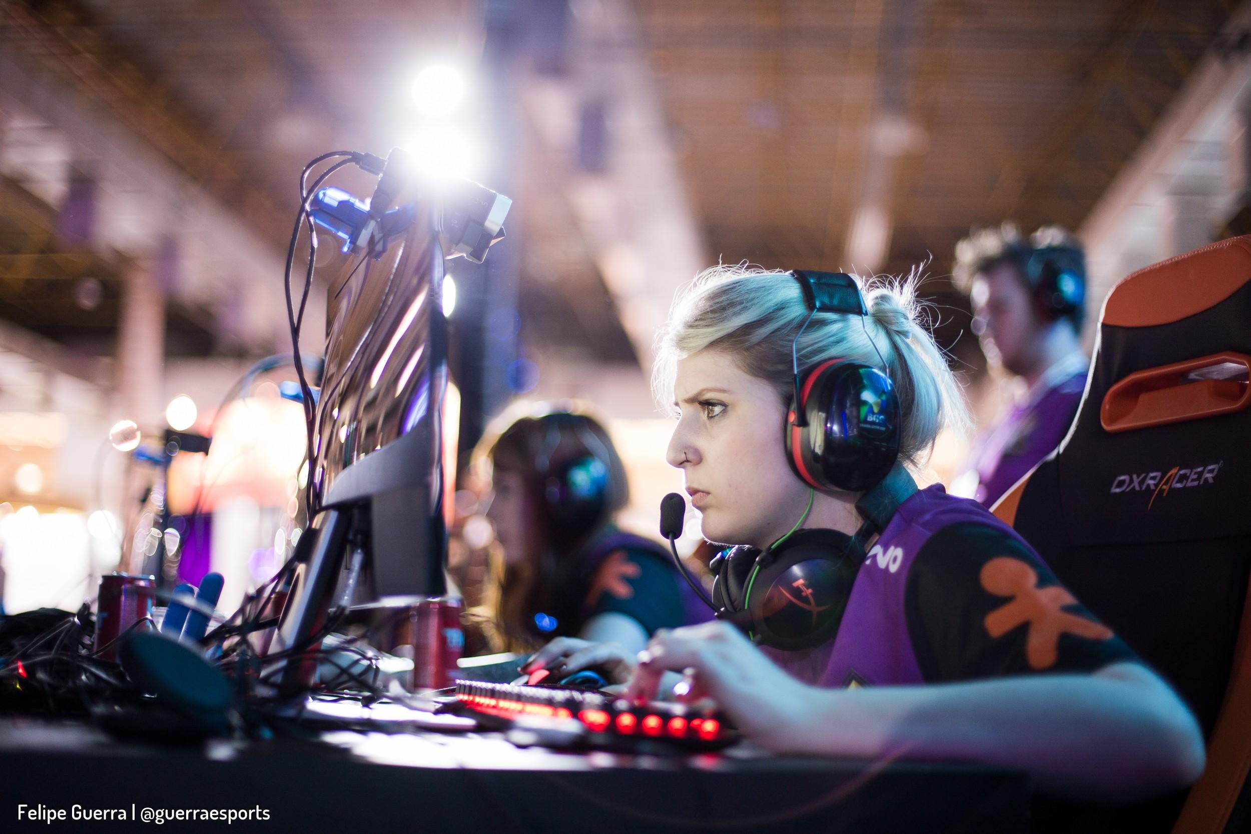 Melhor equipe feminina de CS:GO do país resolve mudar