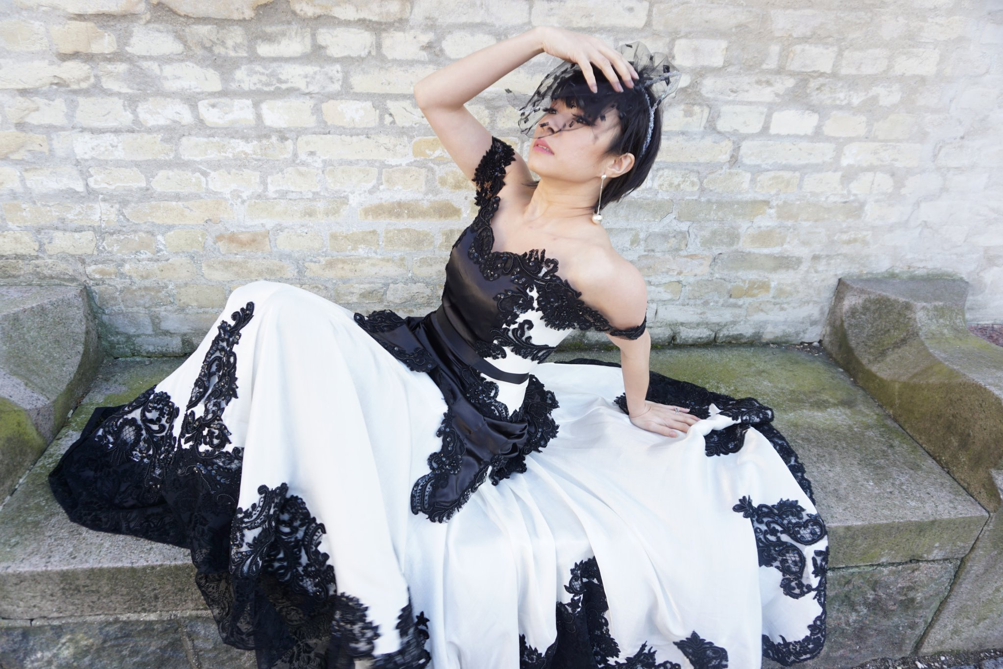 Cosplayer faz o vestido de casamento da Mulher-Gato, que casará com Batman nas HQs | Cosplay