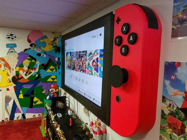 """Confiram o mod que """"transformou"""" uma TV de 65 polegadas em um Nintendo Switch"""