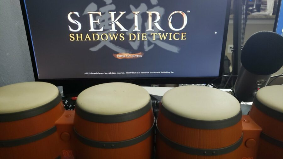 Como assim? Jogador termina Sekiro utilizando bongôs de Donkey Kong