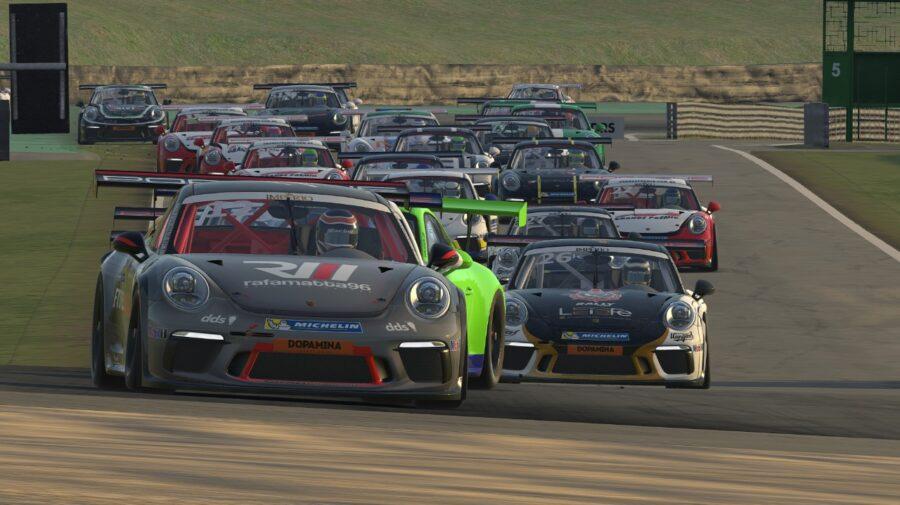 Primeira etapa do Porsche eSports Carrera Cup Brasil começa nesta terça-feira