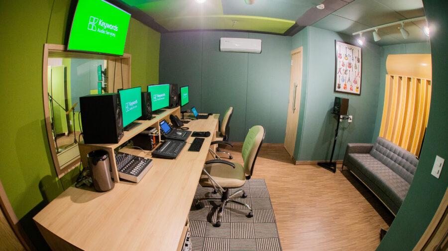 Keywords expande operação no Brasil com novo estúdio de gravação dedicado à localização de games