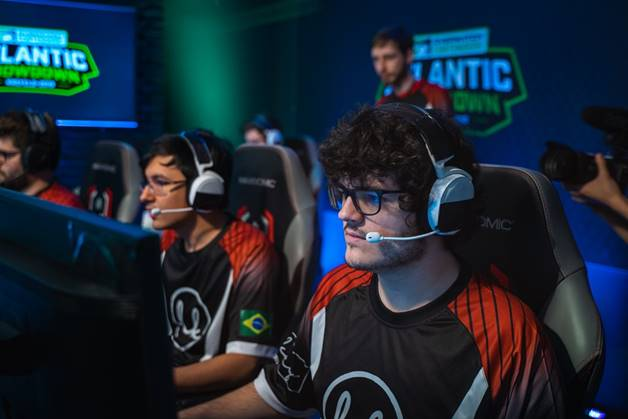 Lowkey vence o Overwatch Contenders South America