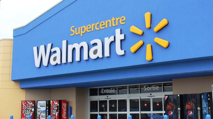 Após tiroteio nos EUA, Walmart retira propaganda de jogos violentos