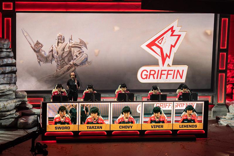 Mundial 2019: Griffin e G2 avançam para as quartas de final em Madrid; Cloud9 e HKA ficam para trás