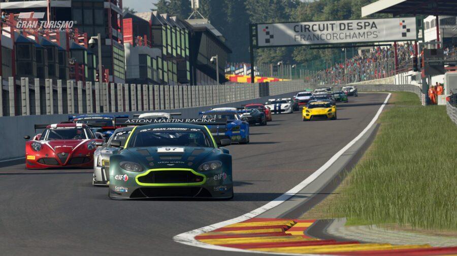 Brasileiro Igor Fraga é aposta nas finais do FIA GT World Championships em Mônaco