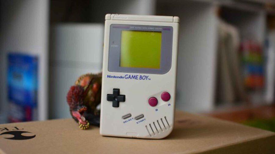 Nintendo ajuda vovó de 95 anos lhe dando um Game Boy novinho para ela jogar seu jogo predileto