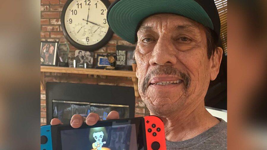 Fãs ficam sem reação após ator Danny Trejo convidá-los para jogarem Animal Crossing com ele