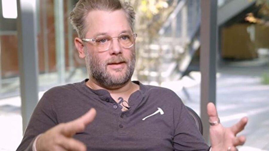 Cory Barlog, diretor de God of War, é a favor do aumento no preço dos jogos