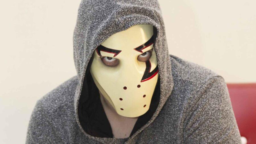 Uma semana após ser hackeado, canal de YouTube do Zangado está de volta