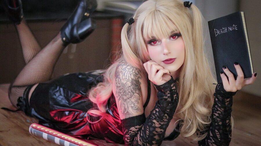 Cosplayer brasileira faz lindo cosplay da Misa Amane, de Death Note